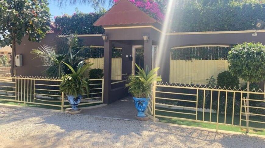 villa-saly-mbabara-sur-300-m2-4